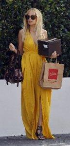 Nicole Richie vestito giallo lungo